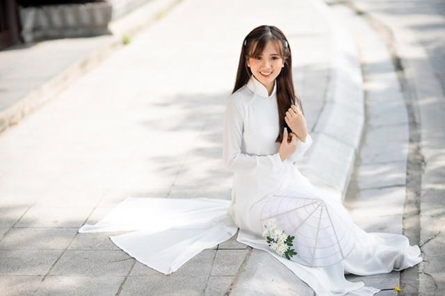 Thiếu nữ Phú Thọ đẹp như sương mai trong trang phục áo dài - 7