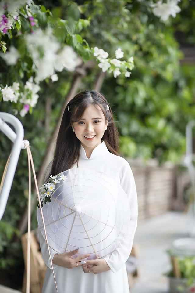 Thiếu nữ Phú Thọ đẹp như sương mai trong trang phục áo dài - 9