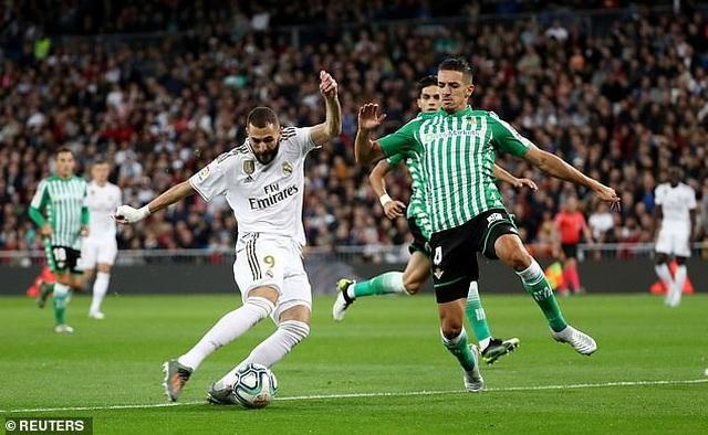 Hòa thất vọng Betis, Real Madrid lỡ cơ hội soán ngôi Barcelona - 7