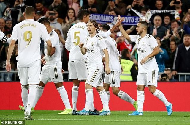 Hòa thất vọng Betis, Real Madrid lỡ cơ hội soán ngôi Barcelona - 3