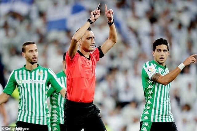 Hòa thất vọng Betis, Real Madrid lỡ cơ hội soán ngôi Barcelona - 4