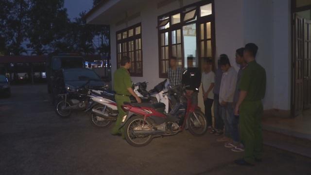 11 thanh thiếu niên nghiện ma túy là thủ phạm gần 20 vụ trộm cắp - 1