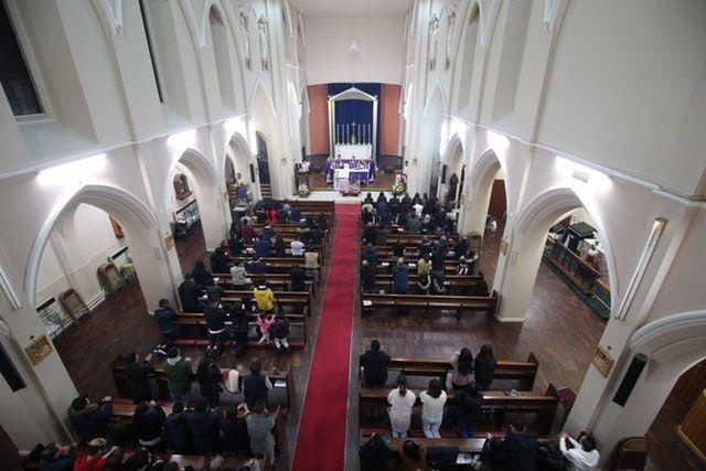 Cộng đồng người Việt tại Anh làm lễ cầu nguyện cho 39 người chết - 3