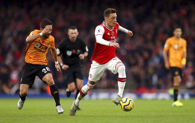 Arsenal 1-1 Wolves: Pháo thủ lại ăn trái đắng - 1