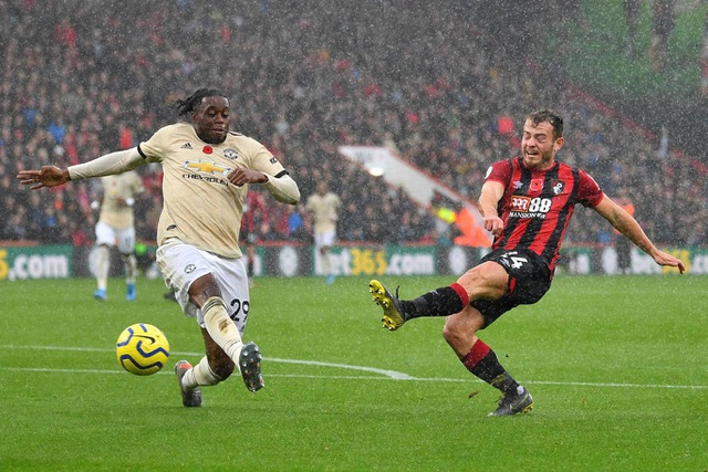 Nhìn lại trận thua tệ hại của Man Utd trên sân Bournemouth - 11
