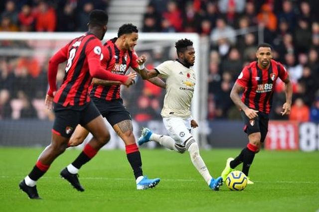 Nhìn lại trận thua tệ hại của Man Utd trên sân Bournemouth - 16