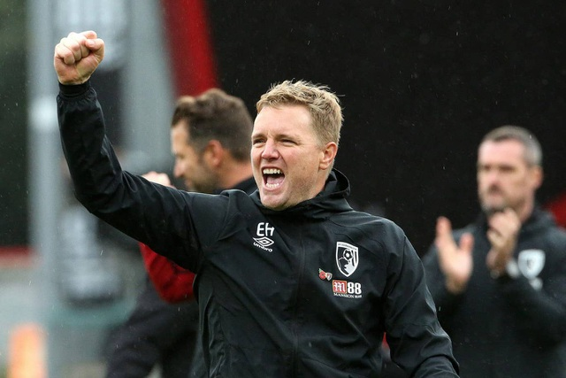 Nhìn lại trận thua tệ hại của Man Utd trên sân Bournemouth - 18