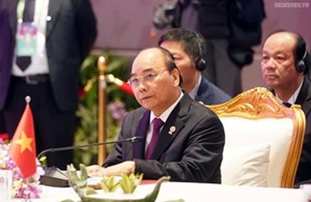 Thủ tướng Nguyễn Xuân Phúc dự Hội nghị Cấp cao ASEAN - Trung Quốc.