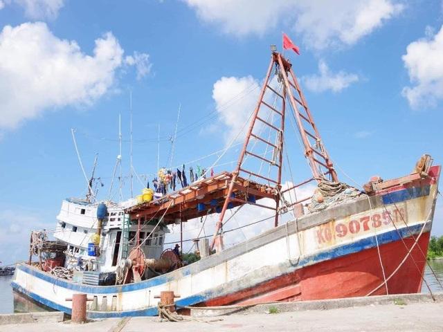 1 ngư dân bị bắn chết khi đang đánh bắt trên biển - 1