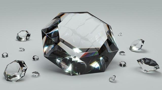 Lộ diện 16 viên đá quý hiếm nhất thế giới - 11