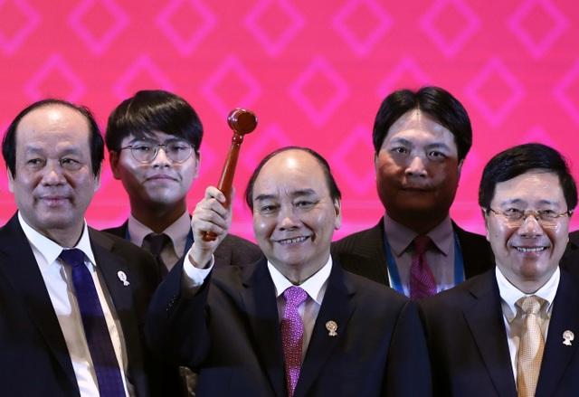 Việt Nam tiếp nhận vai trò Chủ tịch ASEAN năm 2020 - 2