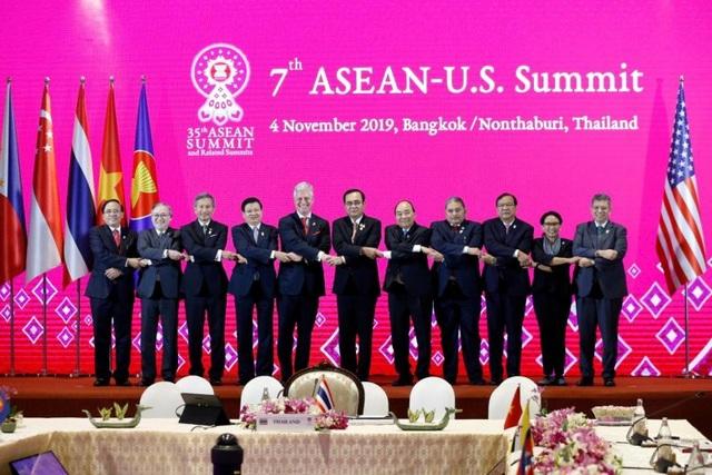 Mỹ lên án Trung Quốc hăm dọa ở Biển Đông - 1