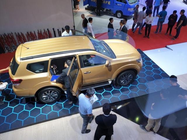 Xả hàng cuối năm, ô tô phân khúc SUV 7 chỗ giảm giá cả trăm triệu - 2