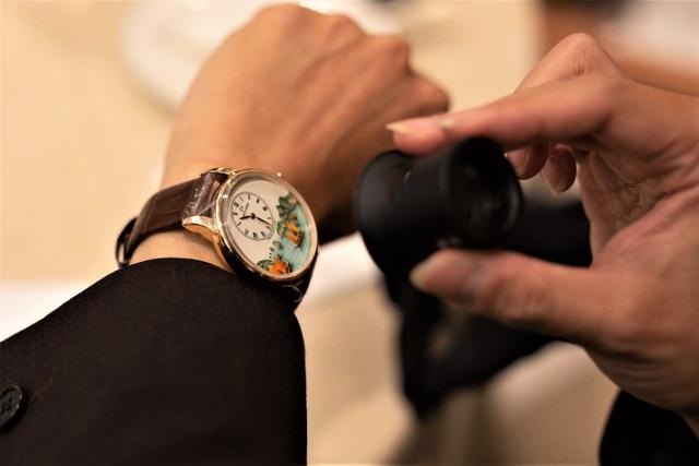 Jaquet Droz ra mắt đồng hồ Vịnh Hạ Long độc bản tại workshop nghệ thuật tiểu họa - 7