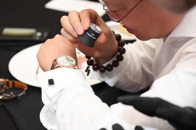 Jaquet Droz ra mắt đồng hồ Vịnh Hạ Long độc bản tại workshop nghệ thuật tiểu họa - 13