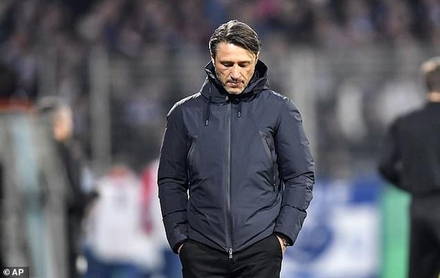 Thua đậm Frankfurt, Bayern Munich sa thải HLV Niko Kovac - 1