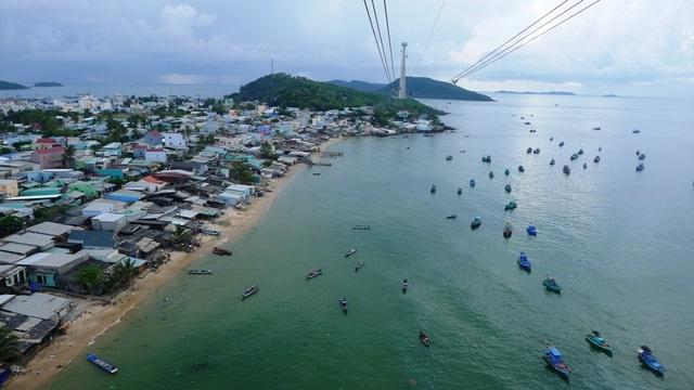 Trải nghiệm cáp treo vượt biển dài nhất thế giới ở Phú Quốc - 2