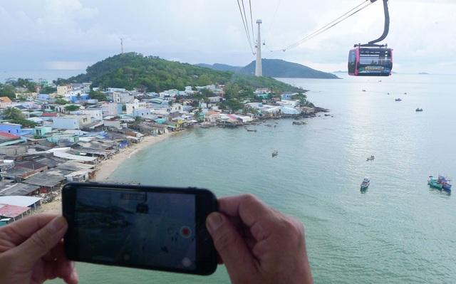 Trải nghiệm cáp treo vượt biển dài nhất thế giới ở Phú Quốc - 3