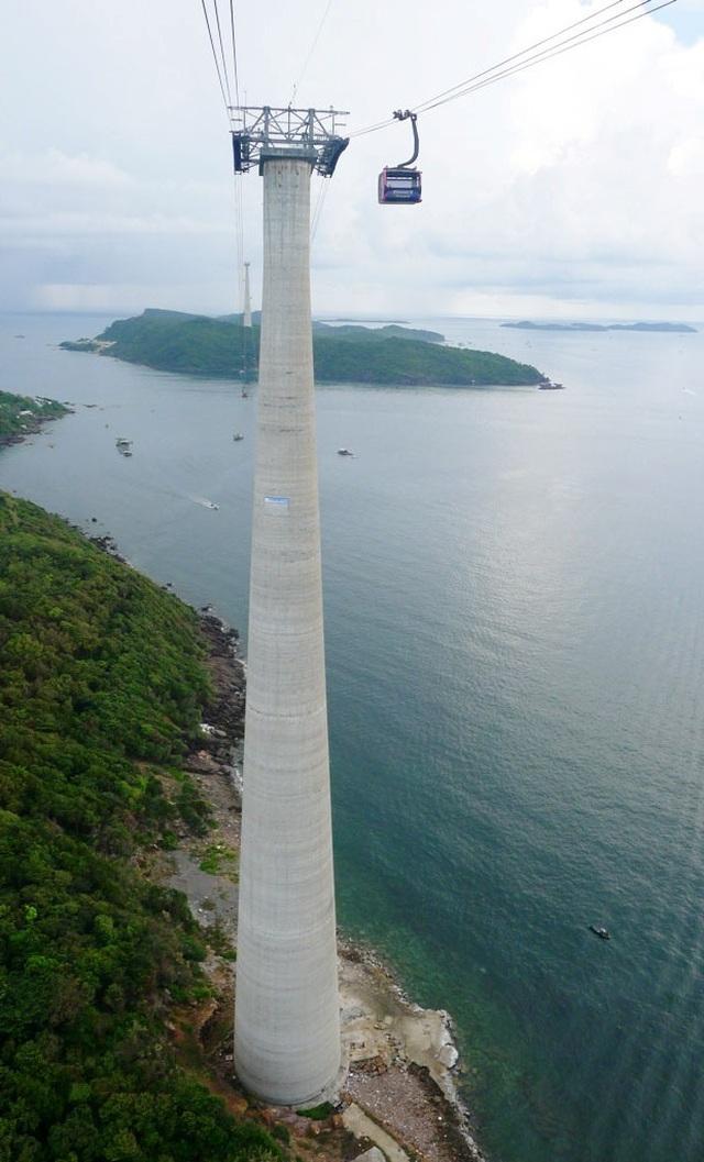 Trải nghiệm cáp treo vượt biển dài nhất thế giới ở Phú Quốc - 4