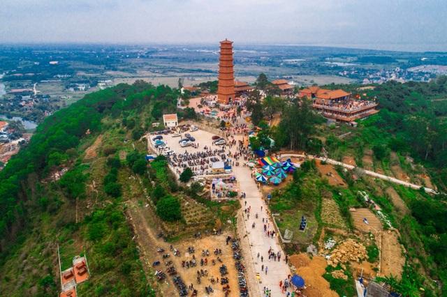Độc đáo Tháp cổ nghìn năm tuổi trên đỉnh núi Ngọc - 9