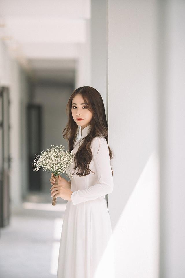 Hoa khôi Tài sắc Việt Nam đẹp duyên dáng chia tay thời sinh viên - 2