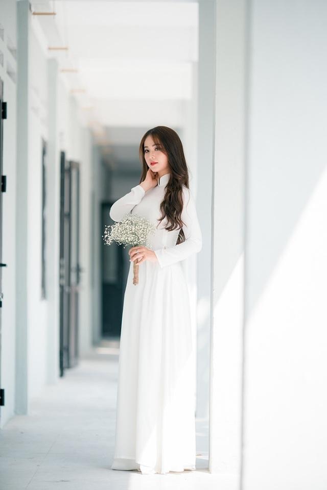 Hoa khôi Tài sắc Việt Nam đẹp duyên dáng chia tay thời sinh viên - 3