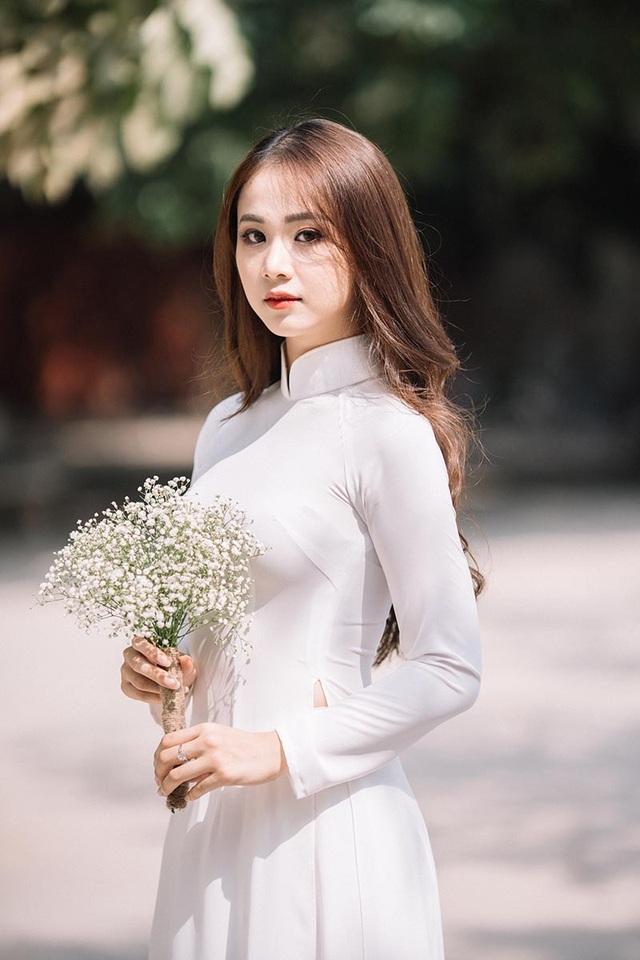 Hoa khôi Tài sắc Việt Nam đẹp duyên dáng chia tay thời sinh viên - 1