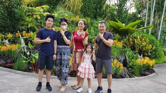 Gia đình, bạn bè tiễn biệt con gái đạo diễn Đỗ Đức Thành - 2