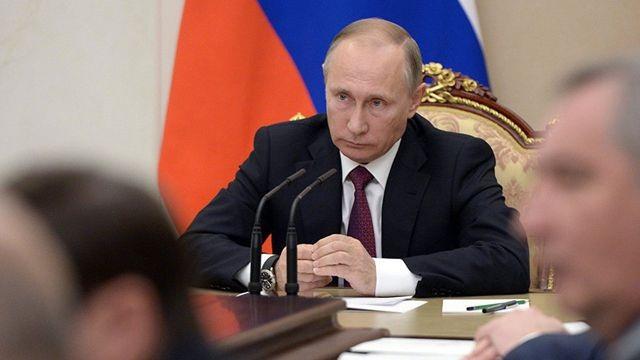 Tổng thống Putin đồng loạt sa thải 11 tướng