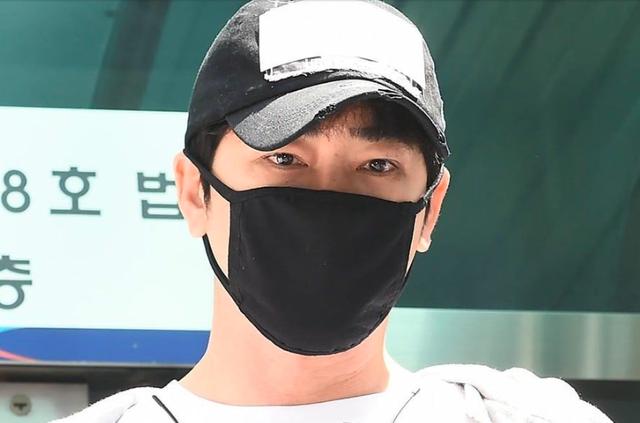 Kang Ji Hwan ra hầu toà lần thứ ba vì bị tố cưỡng dâm - 3