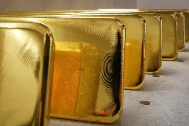 Nga bắt giữ người giấu 2 kg vàng trong giày định tuồn sang Trung Quốc - 1
