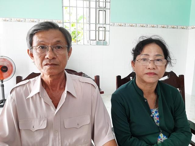 Vợ chồng cô giáo về hưu kêu cứu vì đầy đủ giấy tờ vẫn bị tòa xử mất đất - 1