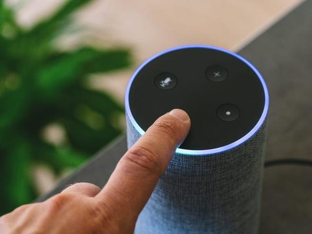 Thiết bị có giá vài chục ngàn dễ dàng qua mặt lớp bảo mật của Google, Apple, Amazon - 1