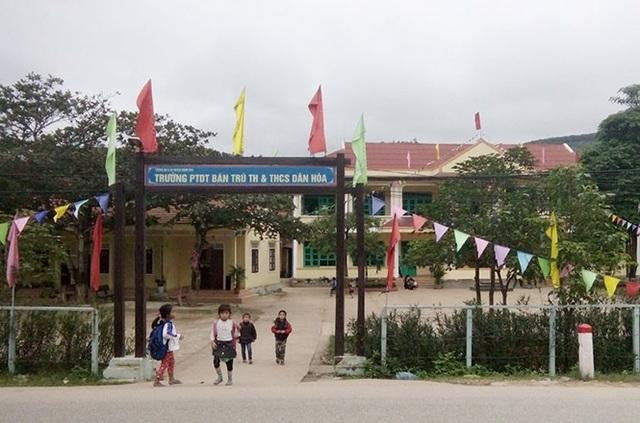 Quảng Bình: Đầu tư gần 70 tỷ đồng sắm thiết bị cho các trường phổ thông dân tộc bán trú - 1