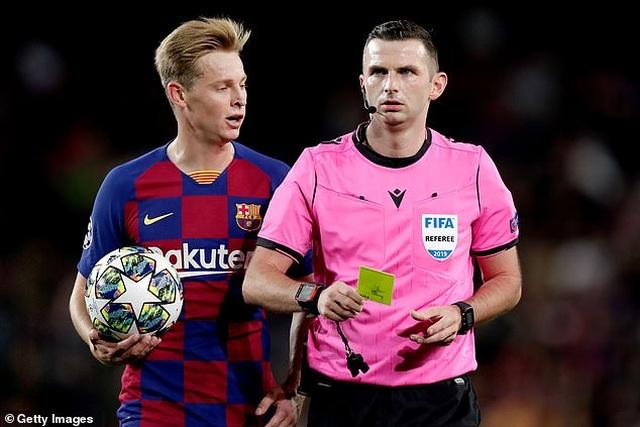 Hòa thất vọng Slavia Praha, Barcelona bị Dortmund áp sát - 7