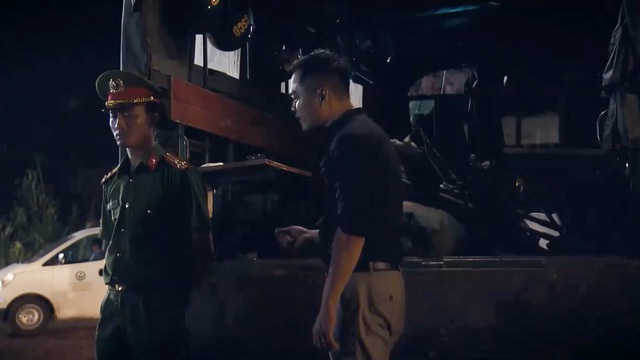 """NSND Hoàng Dũng """"gai người"""" khi diễn trước 9 chiếc quan tài trong phim """"Sinh tử"""" - 4"""