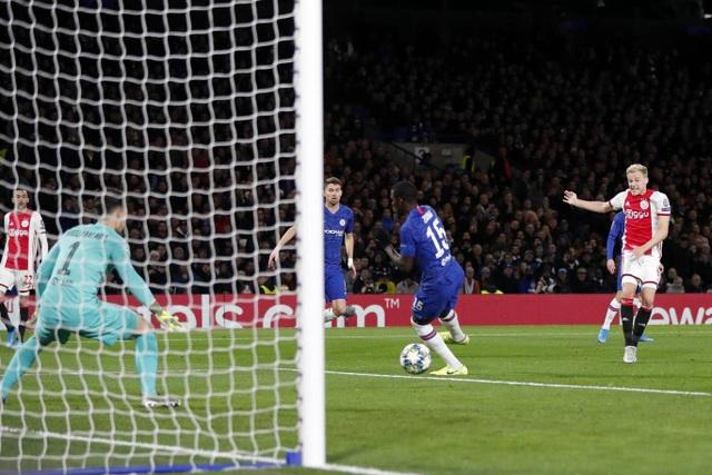 Những khoảnh khắc trong trận hòa đầy kinh ngạc giữa Chelsea và Ajax - 10