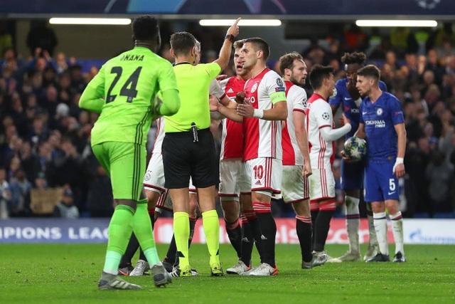 Những khoảnh khắc trong trận hòa đầy kinh ngạc giữa Chelsea và Ajax - 15