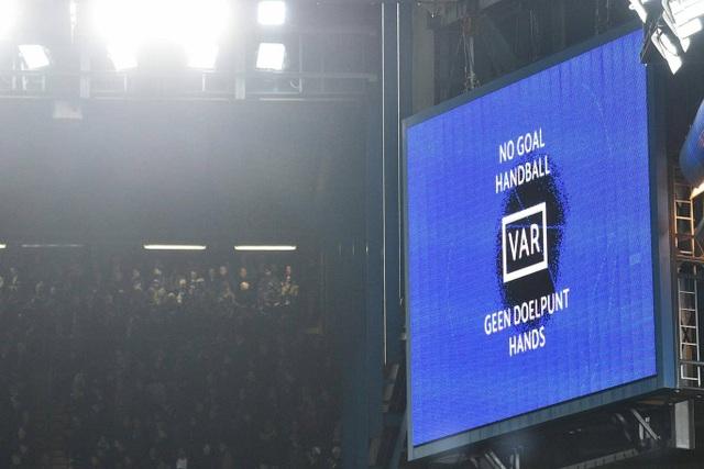 Những khoảnh khắc trong trận hòa đầy kinh ngạc giữa Chelsea và Ajax - 19