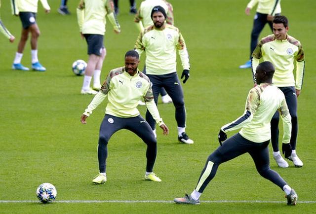 Man City tự tin lấy tấm vé sớm vượt qua vòng bảng Champions League - 10