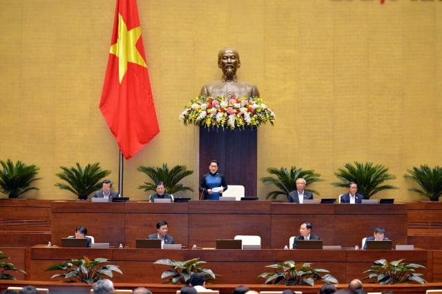 """Xe Volkswagen gắn """"đường lưỡi bò"""" Trung Quốc """"vượt rào"""" vào Việt Nam qua lỗ hổng pháp lý (!?) - 4"""