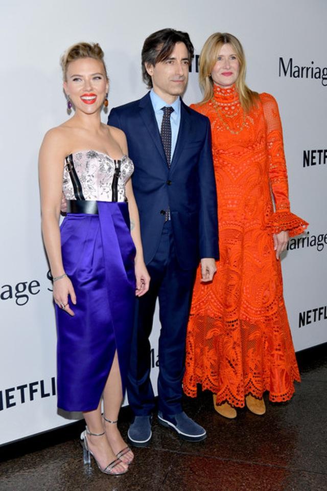 Scarlett Johansson liên tục khoe hình xăm khủng - 4
