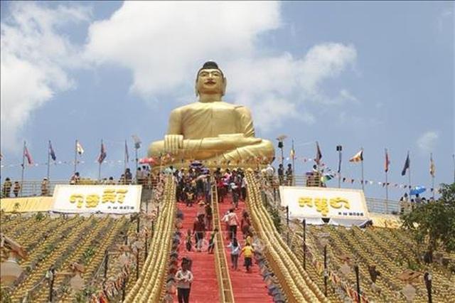 Việt Nam đứng thứ hai về lượng du khách tới Campuchia - 1