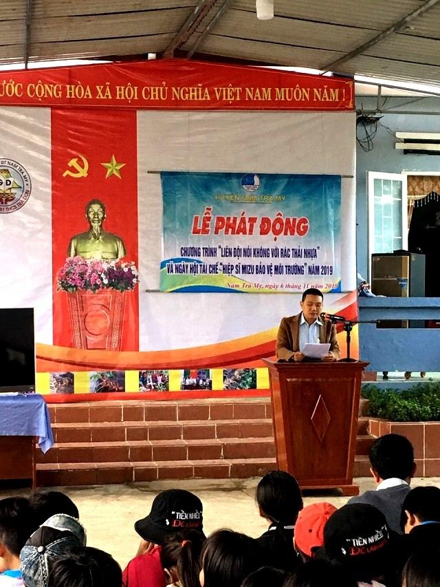 """Học sinh miền núi Quảng Nam """"nói không với rác thải nhựa"""""""