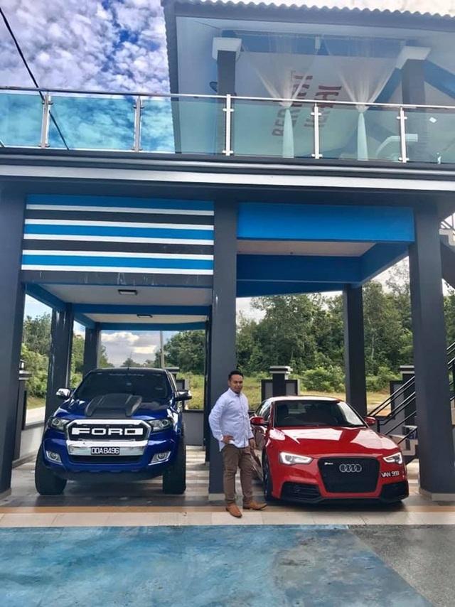 8 năm kiên trì bán gà, vợ mua ô tô Audi 1,4 tỷ đồng tặng chồng làm cả làng lác mắt - 3