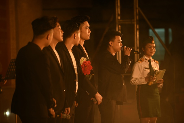 """Quang Anh """"Về nhà đi con"""" dự Liên hoan nhóm, ban nhạc 2019 - 9"""