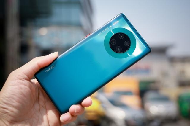 Huawei Mate 30 Pro – smartphone mang hơi thở tương lai chính thức mở bán tại Việt Nam - 1
