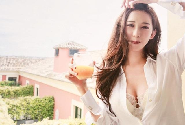 Rộ tin siêu mẫu Lâm Chí Linh đã chọn được ngày cưới - 4