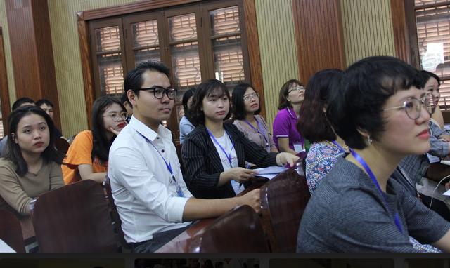 Phối hợp với chuyên gia quốc tế tập huấn cho giảng viên, giáo viên về STEM - 2