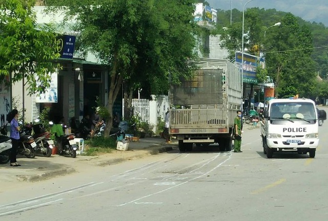Hai chị em ruột tử vong sau cú tông của xe tải - 1